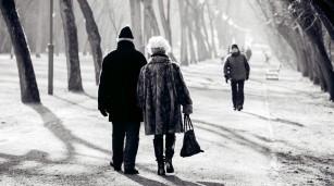 5 motive pentru care e bine să te plimbi, chiar și iarna
