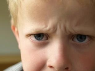 Copilul tău se autolovește? - când să-ți faci griji