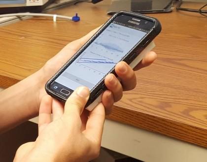 Noi senzori pentru smartphone ce măsoară tensiunea arterială