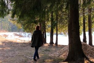 Mersul pe jos regulat protejează femeile după menopauză împotriva insuficienței cardiace