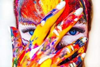 Psihologia culorii: te pot influența culorile?