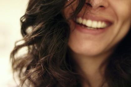 Motive pentru care părul tău se rupe ușor