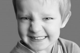 Agresiunea la copii a fost asociată cu deficite ale funcției cognitive