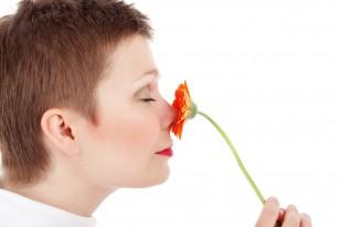 Alterarea simțului mirosului – un semn al declinului cognitiv?
