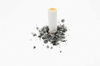 Riscul de cancer pulmonar scade semnificativ după 5 ani de la întreruperea fumatului