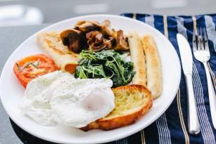 Câteva idei de mic dejun bogat în proteine