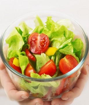 Legumele proaspete și salata - un pericol pentru sănătate?