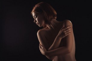 Păr pe sâni - daca e normal și cum scapi de el (hairy nipples)