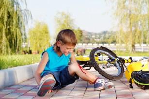 Cum recunoști o fractură la copil (când mergi la spital)?