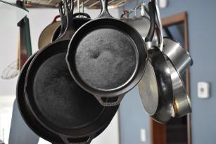 Cel mai sănatos vas de gătit - cum influențează materialul mâncarea (conform studiilor)