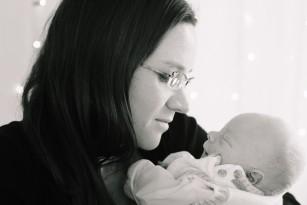 Depresia postpartum - ce simte efectiv o mamă cu depresie după naștere