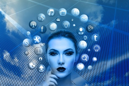 Dependența de rețelele sociale crește riscul de depresie