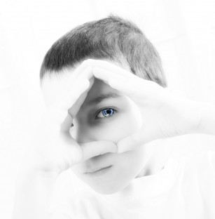 Un marker nonverbal poate ajuta la diagnosticarea autismului