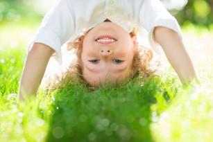 Expunerea la soare a copilului mic - între ce ore și în ce condiții