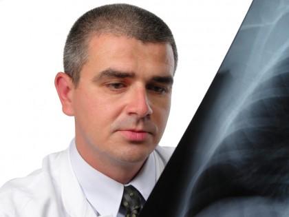 Concept nou în tratarea tuberculozei care ajută la finalizarea tratamentului