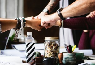Principiile comunicării - învață să comunici asertiv și eficient