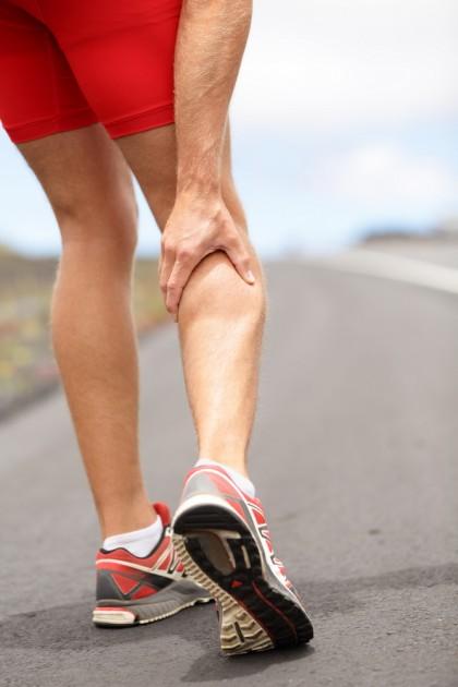 Crampe musculare în timpul alergării - cauze, prevenire, tratament și sfaturi utile