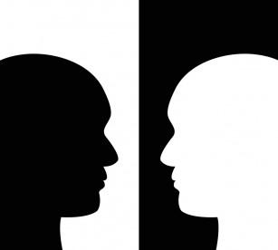Aplicație ce dezvăluie percepția asupra propriului corp