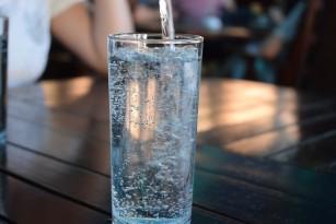Dispozitiv cu precizie de 90% care monitorizează calitatea apei