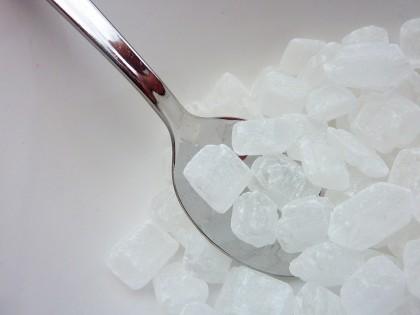 Combinarea îndulcitorilor săraci în calorii cu carbohidrații are efecte negative asupra organismului