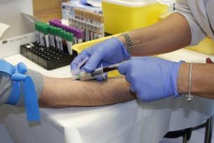 Un nou test de sânge ar putea detecta peste 50 tipuri de cancer