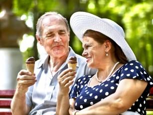 """Vârstnicii din ziua de azi sunt mai """"tineri"""" decât cei din trecut"""
