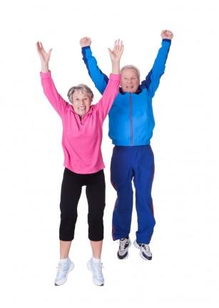Adulții în vârstă activi se bucură de o mai bună sănătate fizică și psihică