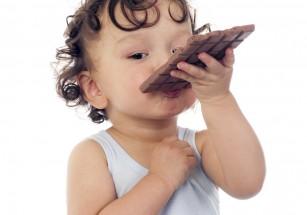 Alimente nerecomandate copiilor mici