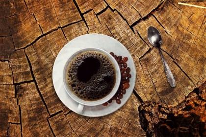 Consumul unei cafele puternice înainte de exerciții fizice crește arderea grăsimilor