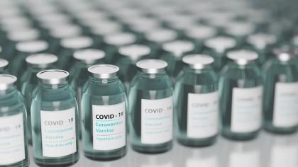 Sunt vaccinurile actuale eficiente pe toate tulpinile de virus SARS-CoV-2? Ce spun studiile