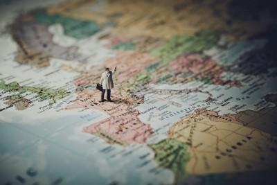 Călătoria poate fi un factor declanșator al migrenelor – Cum să le previi?