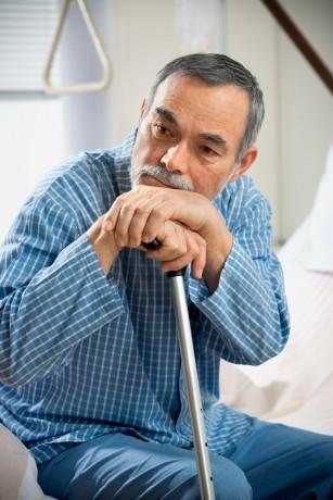 Bărbații în vârstă cu diabet, mai predispuși riscului de a dezvolta o formă severă de COVID-19