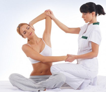 Fizioterapia durerii de spate - cum te poate ajuta un fizioterapeut
