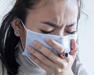 """""""COVID lung"""": Mai mult de un sfert din pacienții cu infecția COVID-19 rămân simptomatici la 6 luni de la diagnosticare"""