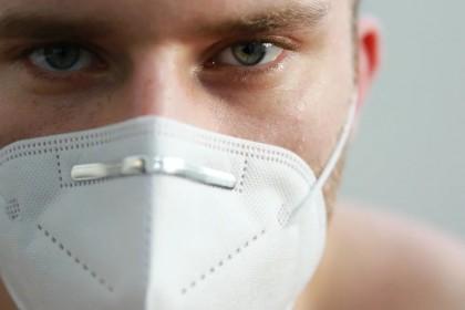 Eforturile respiratorii ridicate la pacienții cu COVID-19 ar putea duce la leziuni pulmonare auto-provocate