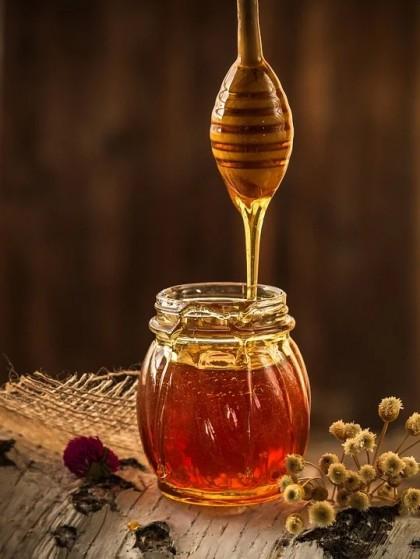 Mierea de albine - tipuri, beneficii, recomandări