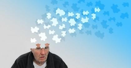 Un stil de viață nesănătos, asociat cu riscuri mai mari de leziuni cerebrale și demență