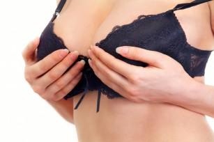 Alaptarea si implanturile mamare