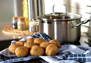 Recomandări pentru prepararea în siguranță a alimentelor
