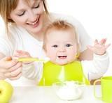 Bebelusul, iaurtul si branza