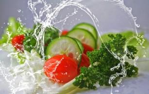 Cele mai sănătoase sosuri (dressing-uri) pentru salată