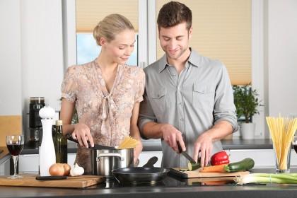 Gadgeturi și unelte de bucătărie pentru un gătit mai sănătos