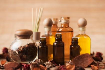 Aromaterapia (terapia cu uleiuri esențiale)