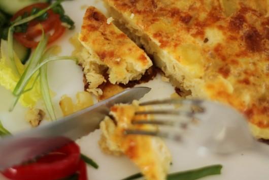 Rețetă Omletă spaniolă (Tortilla de patatas)