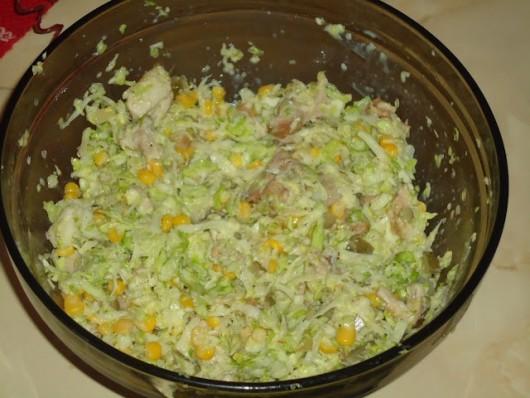 Rețetă Salată de pui cu varză