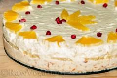 Tort raw din ciocolata albă și cremă de portocale
