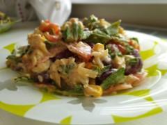 Salată mexicană cu pui