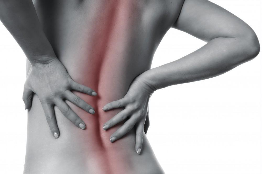 boala congenitala a articulatiilor si spatelui