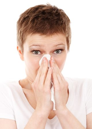 Astmul, febra fânului și eczemele au peste 100 de mutații genetice comune (Studiu)