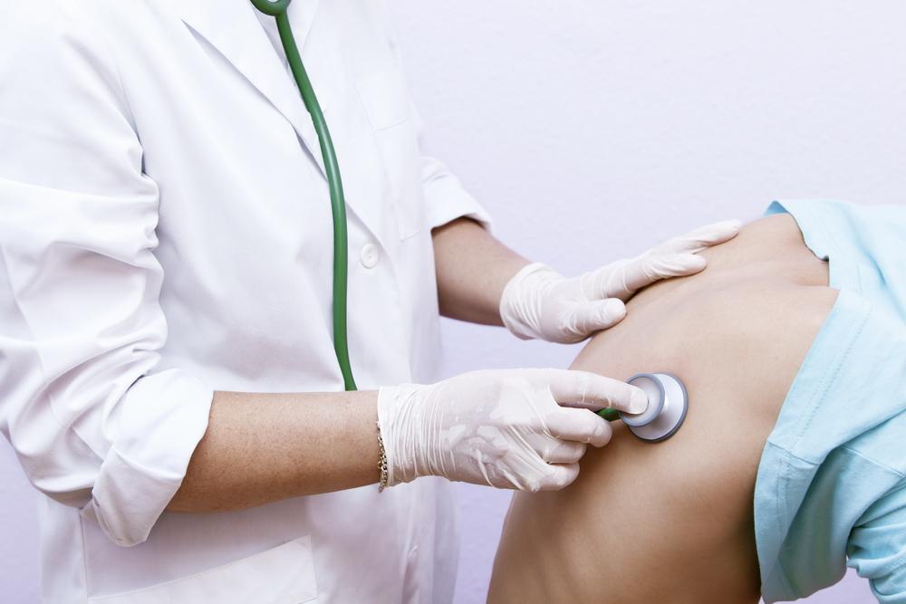 Tusea persistentă: ce afecțiuni indică?
